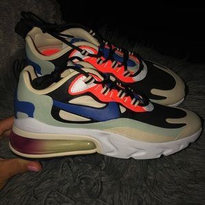 Women's Shoe Nike Air Max 270 React